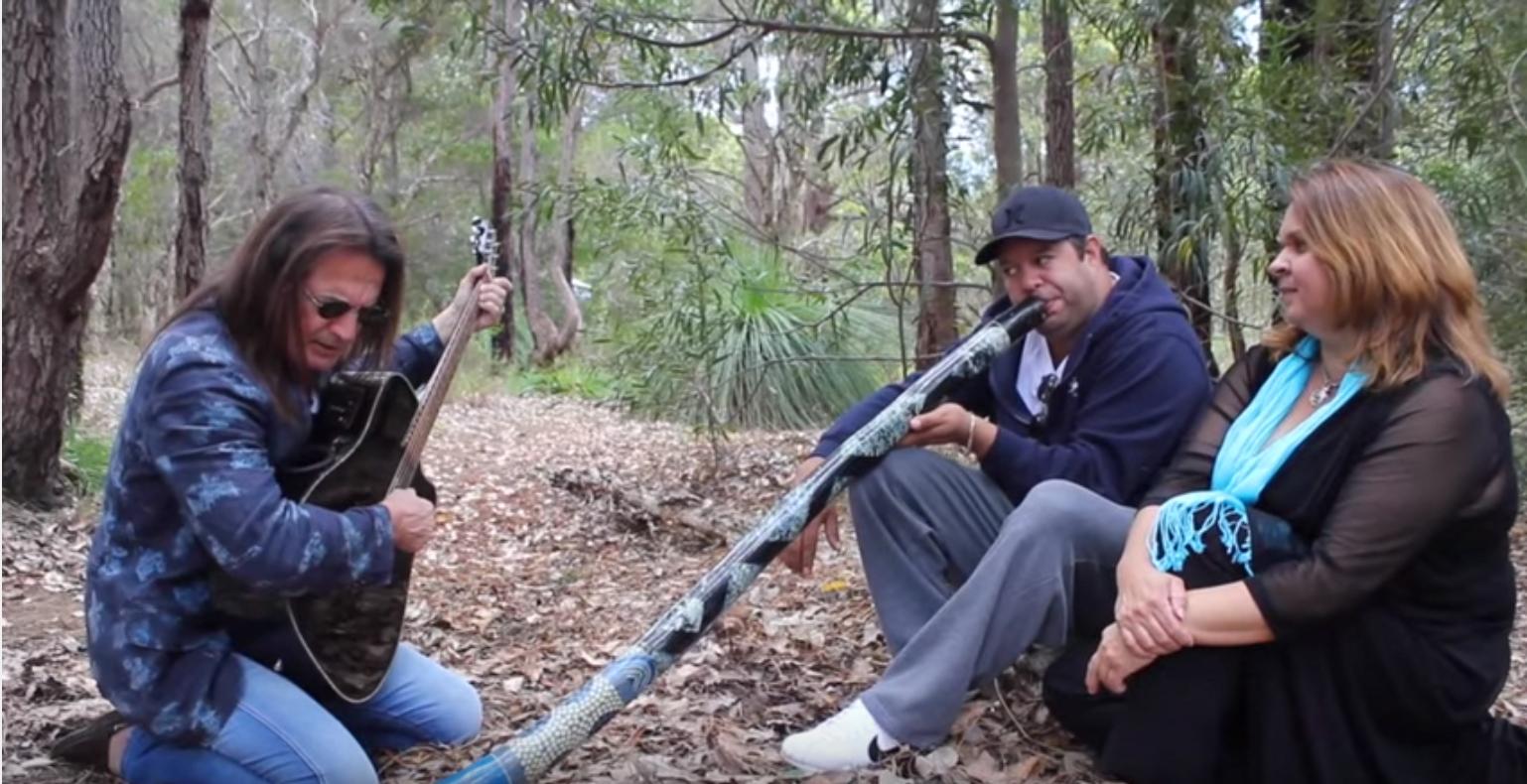 16 décembre 2015 – Francis Lalanne Cyber Tour, la rencontre en Australie